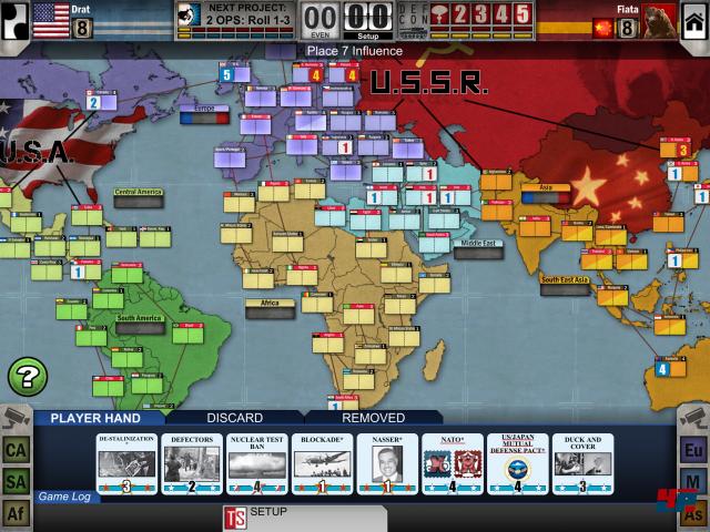 Alles fängt harmlos in der ersten Runde im Jahr 1945 an, mit gerade mal 15 sowjetischen und 25 amerikanischen Einflusspunkten, teilweise fest vorgegeben, teilweise frei verteilbar. Einsteiger werden vom guten Tutorial durch die komplexe Spielmechanik geführt und sollten gegen die KI die Russen spielen - als Amerikaner hat man es zu Beginn schwerer.