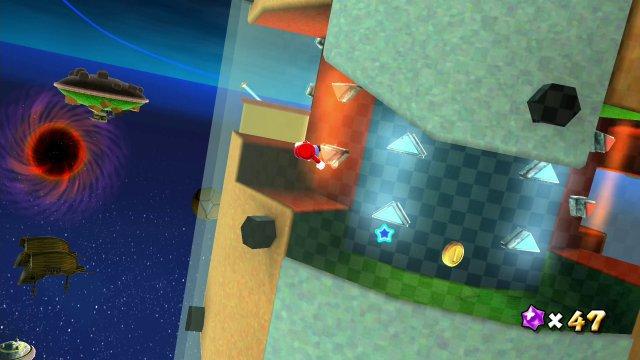 Erst auf der Glasoberfläche, dann durchs Labyrinth mit wechselnder Schwerkraft - Super Mario Galaxy steckt voller solcher Spieldesign-Tricks!