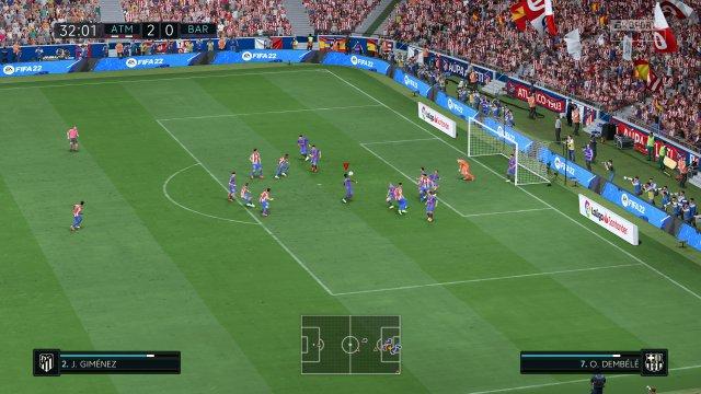 Torszene mit Ausblick ins Stadion Wanda Metropolitano - Barca tritt hier gegen Athletico an. So sieht FIFA 22 auf der PS5 in der normalen Kameraperspektive aus.