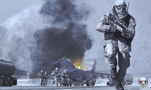 <b>El Grande Mysterium:</b><br><br>Worum wird es in Modern Warfare 2 wohl gehen? Activision hält sich mit Details zum »Ist's ein Call of Duty? Ist's kein Call of Duty?«-Shooter bislang noch erstaunlich zurück. Aber die Chancen stehen relativ gut, dass es irgendwas mit Krieg in einer staubigen Region dieses Planeten zu tun haben wird. Jemand wird dabei sterben. 1986038