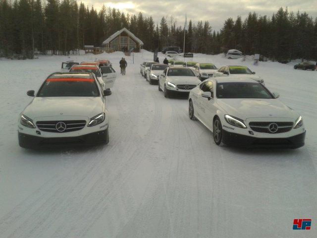 In Schweden durften wir im Rahmen der Driving Experience zunächst reale Erfahrungen hinter dem Steuer sammeln.