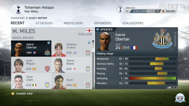 Zidane wird einem zwar nicht in der Karriere helfen, wenn es auf dem Platz nicht klappt. Aber in Ultimate Team ist er dabei.