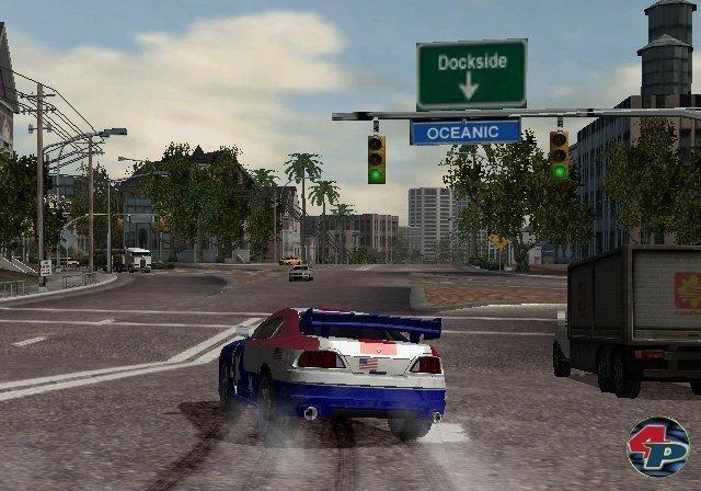 <b>Burnout 2: Point of Impact</b><br><br>Multiplattform-Highlights waren z.B. der auf dem Bild zu sehende blitzschnelle Rempel-Raser Burnout 2 (damals noch von Acclaim) und EAs  Snowboard-Serie SSX. Insgesamt wurde der Würfel aber nicht so gut von Fremdherstellern bedient wie PS2 und Xbox. Auf Rockstars extrem erfolgreiche GTA-Serie mussten Nintendo-User z.B. verzichten. 2347117