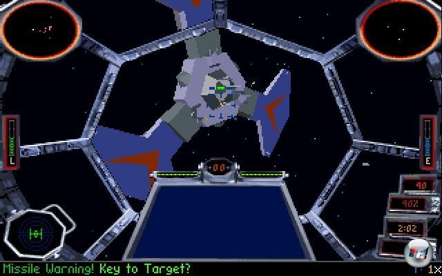 <b>TIE Fighter</b><br><br>Das 1993 erschienene X-Wing war ein gutes Spiel - nicht super, aber gut. Warum es nicht super war, konnte man ein Jahr darauf überdeutlich spielen, denn der Nachfolger TIE Fighter machte alles richtig, was X-Wing noch falsch machte. Weitaus bessere Grafik (Gouraud Shading! Gerundete Oberflächen! Revolution!), weitaus bessere Story, weitaus bessere Bedienbarkeit - und die heißesten Schlitten aus der Privatgarage von Darth Vader. Gewissenhafte Piloten, die sich nicht nur um die Primäraufträge kümmerten, wurden nach kurzer Zeit in den »Secret Order of the Emperor« berufen, was ganz neue, brisante Geheimaufträge mit sich brachte. Aber das Beste an TIE Fighter war die ein Jahr später veröffentlichte CD-Version, die nicht nur SVGA-Grafik, sondern auch Erweiterungsdisks, verbesserte Zwischensequenzen und mehr Sprachausgabe mit sich brachte. 1855223
