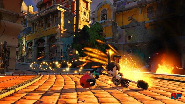 Die selbst erstellte Spielfigur hat nicht nur eigene Fertigkeiten und Manöver drauf, sie lässt sich auch mit unterschiedlichen Waffen ausrüsten.
