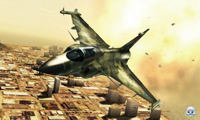 Technisch ist Ace Combat im Großen und Ganzen sauber, der 3D-Effekt kommt besonders in der HUD-Ansicht gut rüber.