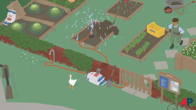 Erste Aufgabe im Spiel - den Gärtner nass machen. Und dann ganz unbeteiligt schauen…