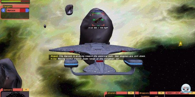 <b> Star Trek: Bridge Commander (2002, Totally Games) </b> <br> <br>  Im Jahre 2002 kehrte man nach Ausflügen in andere Gefilde endlich wieder dahin zurück, wo Star Trek nach Meinung vieler Spieler hingehörte: auf die Brücke. In Bridge Commander kommandiert man, ähnlich wie sieben Jahre zuvor, sein Schiff von der vollständig dargestellten Brücke - allerdings indirekt. Mittels Kommandos an die einzelnen Stationen wurde gesteuert, gescannt und gekämpft. 92459706