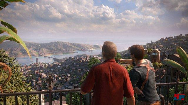 Immer wieder gibt es tolle Ausblicke auf die Landschaft.