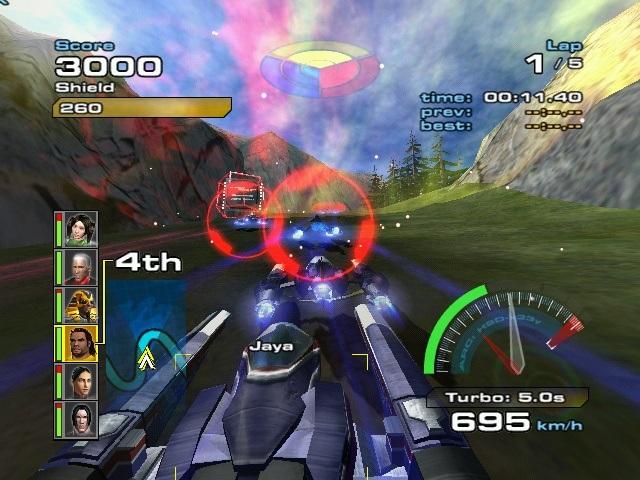 Quantum Redshift  <br><br>  Schon auf der Xbox war Microsoft bemüht, Sony beim Softwareangebot in nichts nachstehen zu wollen. Und auch wenn man mit Quantum Redshift bei den Verkäufen nicht an WipeOut heran reichen konnte, so hat man mit diesem futuristischen Racer einen beachtlichen Konkurrenten auf die Beine gestellt, der mit fantastischen Kulissen, fiesen Waffen und einer grandiosen Spielgeschwindigkeit überzeugen konnte. Kein Wunder, heuerte Microsoft doch ein paar Mitarbeiter an, die zuvor am Vorbild mitgearbeitet hatten. Wo bleibt eine Fortsetzung für die 360?    2090153