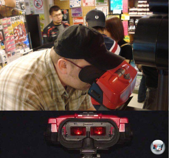 <br><br>Etwa fünf Jahre zuvor musste auch Nintendo teures Lehrgeld zahlen, als man  1995 mit dem Virtual Boy die erste portable Konsole auf den Markt brachte, deren Bilddarstellung auf der Stereoskopie fußt. Ja, die räumlichen Effekte können sich selbst heute noch sehen lassen, wie Paul und ich bei unserem Besuch in einem Spieleladen in Tokio feststellen mussten. Aber die Farben? Bei diesem Rotstich vergeht einem schnell die Lust am räumlichen Spielen, auch wenn Nintendos klobiges Ding immer noch einen gewissen Reiz ausübt... 2049238
