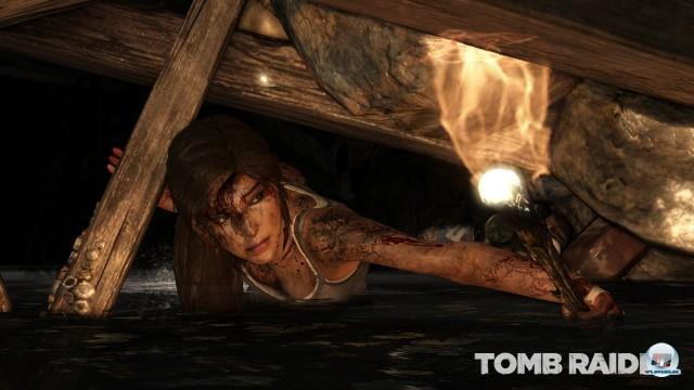 Lara erkundet zunächst eine unheimliche Höhle voller Knochen und Kerzen. Wo ist sie nur gelandet?