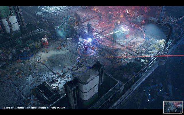 Zwei Spieler legen sich mit einer Horde Feinde an - per Energieschuss wird das Fass zum Explodieren gebracht.