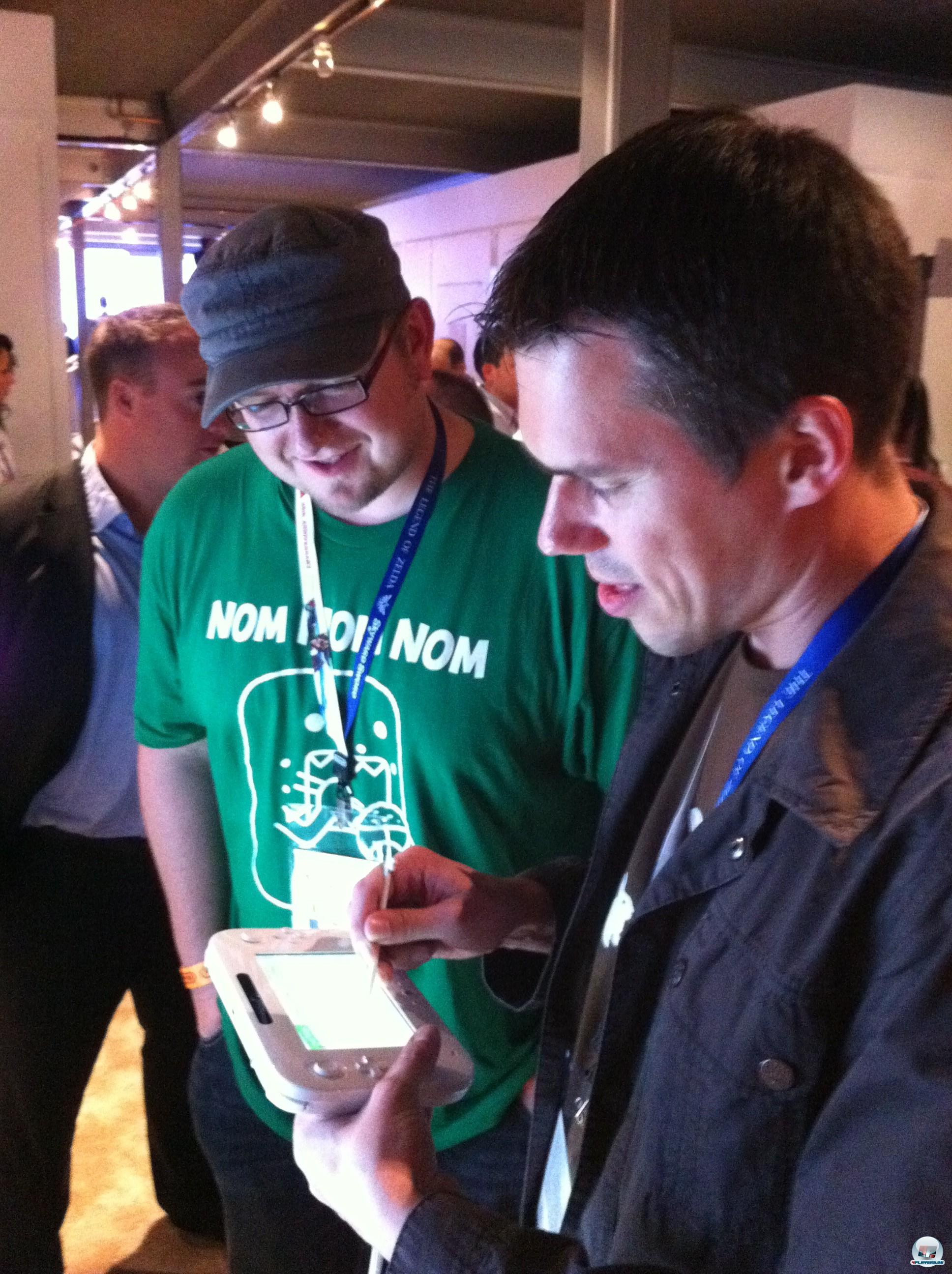 Zwei Redakteure, ein Grinsen und Wii U.