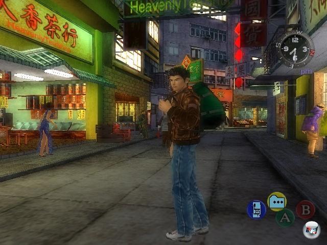<b>Shenmue</b><br><br>Okay, Yu Suzuki dürfte darauf nach all dem Hickhack vermutlich nicht mehr so irre viel Bock haben. Und Sega zahlt wahrscheinlich immer noch Bankkredite ab, die man für die Entwicklung der ersten beiden Teile aufnehmen musste. Und dennoch dürfte es wohl kaum einen Spieler der Generation Dreamcast geben, der nicht für eine Fortführung der Saga um Ryo Hazuki den einen oder anderen ungeliebten Verwandten umbringen oder wenigstens für wissenschaftliche Zwecke opfern würde. 1966098