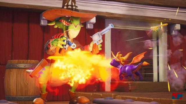 Seiner Feinde entledigt man sich zumeist entweder mit einem Flammenstoß oder einer Rammattacke.