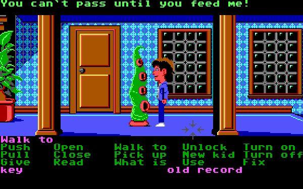 Maniac Mansion<br><br>Ebenfalls 1987 sorgte Lucasfilm Games gleich für mehrere Sensationen: Maniac Mansion bot ein intelligentes Verbensystem (SCUMM), das per Maus oder Joystick gesteuert die heute so selbstverständliche Point-n-Click-Bedienung erfand. Der Spieler hatte zu Beginn die Wahl aus sieben Figuren, jede mit eigener Persönlichkeit und damit anderer Herangehensweise an die Puzzles, was im Endeffekt zu verschiedenen End-Möglichkeiten führte - vorbei die Linearität früherer Games! Die hochgradig alberne Geschichte wurde filmreif mit Echtzeit-Zwischensequenzen präsentiert (jedenfalls würde man das heute so sagen), es gab mikrowellenbasierte Gewalt gegen Hamster  - und mit der Kettensäge, dem Benzin sowie Chuck der Pflanze wurden einige der wichtigsten Running Gags der Videospielgeschichte geprägt. Das Spiel lag dem 1993er Nachfolger DotT als Vollversion bei, die man an Eds Computer spielen konnte - die allerdings in der ersten Fassung dezent verbuggt war, so dass ein Durchspielen mit einer bestimmten Figurenkombination nicht möglich war. 1718661