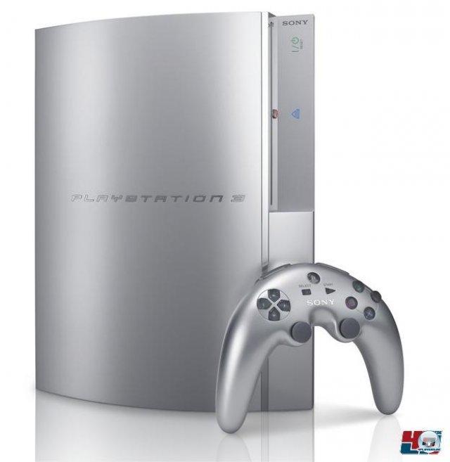 <b>PlayStation 3: 599 Euro</b> <br><br> Am 23. März war es hierzulande so weit: Sonys Selbstvertrauen kannte nach dem PS2-Erfolg kaum Grenzen, daher mussten PS3-Käufer die stolze Summe von 599 Euro für die PlayStation 3 auf den Tisch legen. Eingebaut war zu Beginn eine 60-Gigabyte-Festplatte. Neben einem alternativen Linux-Betriebssystem unterstützte die frühe Variante außerdem die Emulation einiger PS2-Titel. Auf dem Bild zu sehen ist der erste Prototyp mit dem viel kritisierten Bumerang-Controller. 92404087