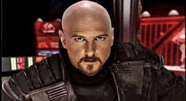 Kane, der charismatische Anführer der Bruderschaft von Nod, war einfach nicht tot zu kriegen und tauchte immer wieder auf.