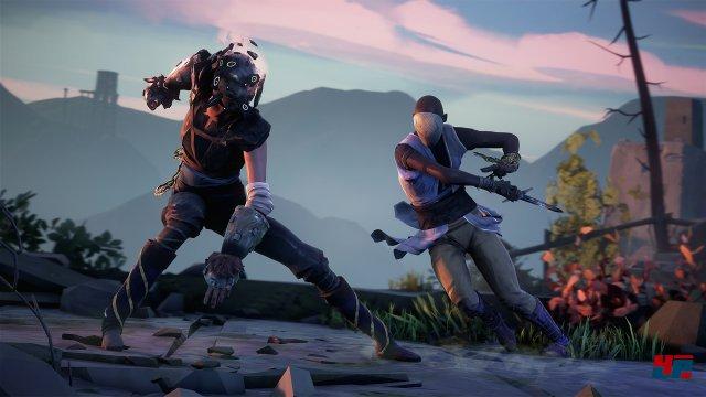 In den Auseinandersetzungen sind auch begrenzt haltbare Waffen wie Schwerter und Kriegshandschuhe erlaubt.