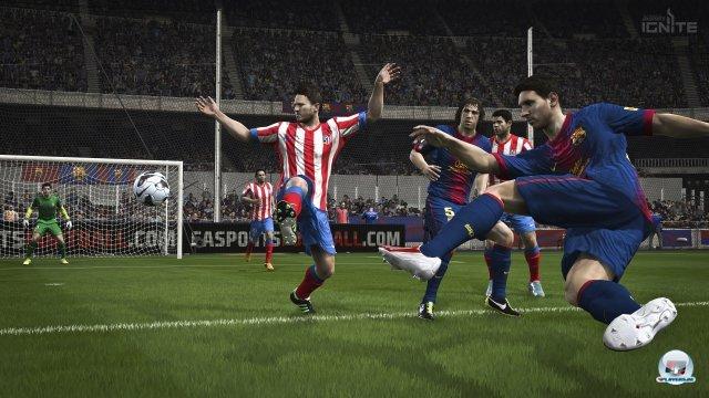 Egal ob Rasen, Zuschauer oder Drumherum - FIFA 14 macht auf Xbox One und PS4 einen Schritt nach vorne.