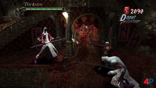 Coole Kutten: Hier findet Dante die Shotgun als erste Zusatzwaffe - die beiden Sensenschwinger bekommen sie gleich zu spüren.
