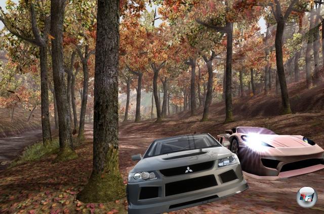 Runde Drei: Need for Speed vs. Midnight Club<br><br>Im Bereich der Rennspiele haben zwei Hersteller besonderes Geschick darin bewiesen, dem anderen sehr genau auf die Bits zu schauen, das Gesehene abzukupfern und zu erweitern: Electronic Arts und Rockstar Games. Erstere machten 1994 mit »The Need for Speed« den coolen Arcade-Racer populär, den Letztere 2000 mit »Midnight Club« durch düstere Großstadtschluchten pfiffen. Und dann begann die Hetzjagd: NfS Underground (2003), Midnight Club 2 (2003), NfS Underground 2 (2004), Midnight Club 3: DUB Edition (2005), NfS Most Wanted (2005), Midnight Club 3: DUB Edition Remix (2006), NfS Carbon (2006). Während Rockstar gerade fleißig an Midnight Club L.A. werkelt, schippt EA mit NfS Pro Street schon munter weiter. Wie's wohl ausgehen wird? Wir sehen uns an der Zielgeraden. So in 20 Jahren. 1778263