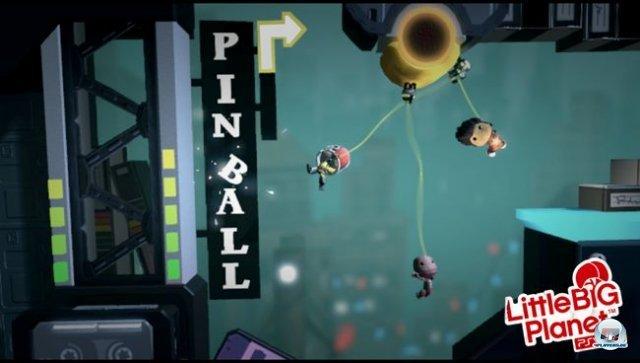Party Time: Bis zu vier Spieler dürfen das Spiel kooperativ angehen. Nötig dazu ist ein Wifi-Zugang; selbstgebaute Levels lassen sich aber auch per 3G-Verbindung herunterladen.