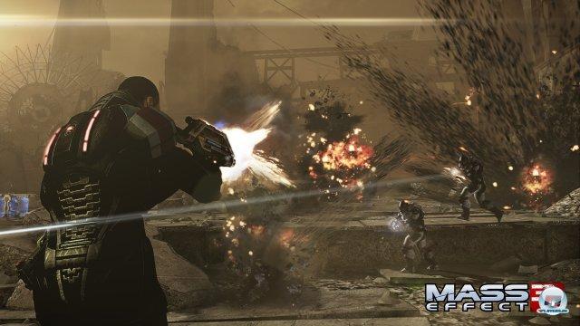 Explosive Action à la Gears of War bestimmt die Missionen.