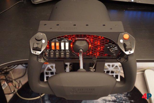 Screenshot - Honeycomb Alpha Flight Controls and Switch Panel (PC)