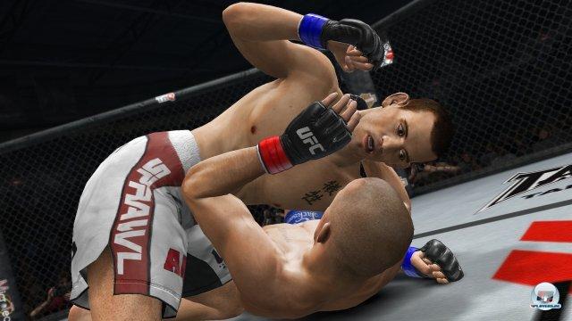 Egal ob im Stand-Up, im Clinch oder am Boden: Das Aktions-Repertoire ist umfangreich und sorgt für dynamische Kämpfe.