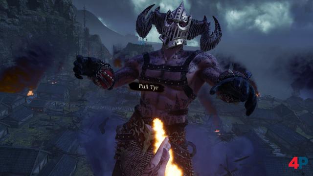 Tug of War: Ingrids göttlicher Todfeind Tyr wird im Bosskampf zwischendurch mit einem glühenden Tau herangezogen - und kassiert danach eine Abreibung den eigenen Fäusten!