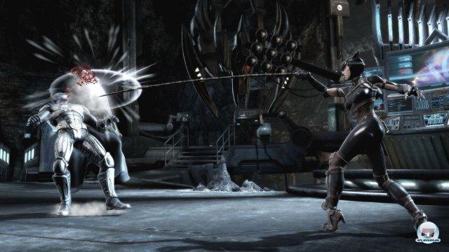 Auch Catwoman gehört zur über 20 Figuren umfassenden Kämpferriege.
