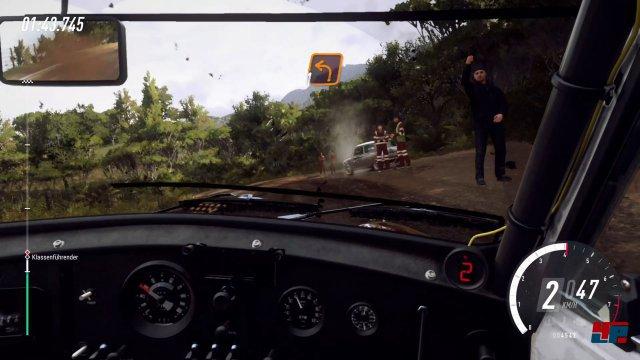 Hin und wieder trifft man auf Pannenfahrzeuge am Streckenrand.