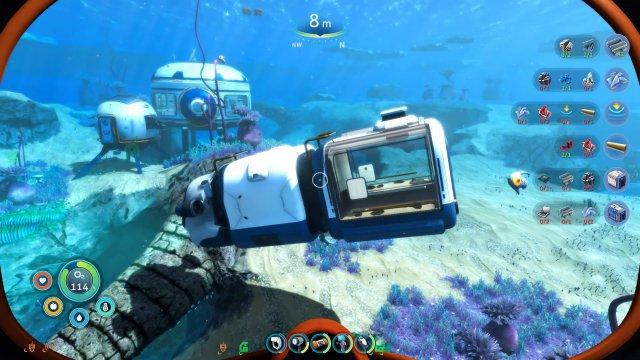 """Gleich machtes """"flutsch"""" und der Fisch ist im neuen Aquarium-Abteil des Unterwasser-Mobils """"Seebahn"""" gefangen, um später an Bord gekocht und verzehrt zu werden."""