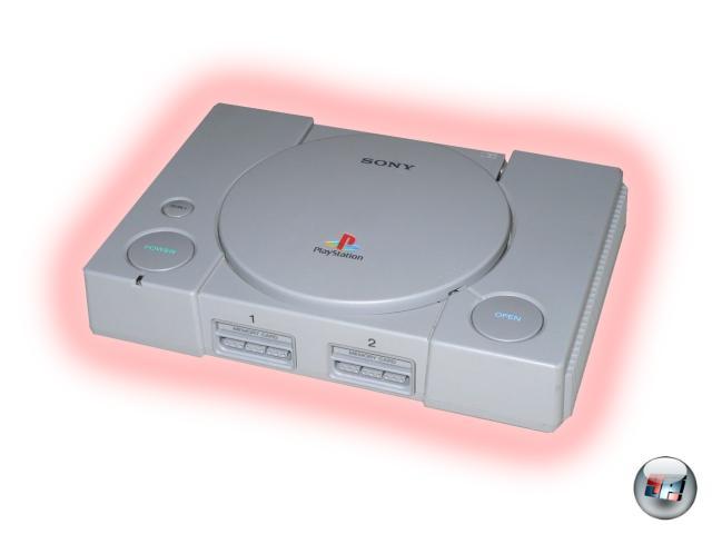<br><br>Und was bleibt Nintendo? In erster Linie die Erkenntnis, eine kapitale Fehlentscheidung getroffen zu haben. Ganz besonders angesichts der Tatsache, dass die Zusammenarbeit mit Philips gerade mal einige scheußliche Spiele für das CD-i einbrachte. Andererseits dürfte Big N angesichts der Geldregens, den die Wii und DS verursachen, mittlerweile wohl wieder ein Dauergrinsen im Gesicht haben. Egal: Die Videospielewelt, wie wir sie heute kennen, wäre ohne Sonys mutiges Vorpreschen in den Hardwaremarkt eine völlig andere. Darauf kann und muss man gerne das eine oder andere Glas erheben. Nein, du nicht PlayStation, du bist noch zu jung! Happy Birthday! 2046578