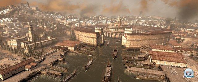<b>Total War: Rome II (PC)</b><br><br> Im Rome-Nachfolger wird alles größer, hübscher und besser - das versprechen jedenfalls die Entwickler von Creative Assembly. Nach einem Probespiel auf der gamescom sind wir guter Dinge, dass dahinter keine leere Marketing-Phrase steckt. Die Dimension der Schlacht, die Kombination aus See- und Landgefechten vor traumhafter Kulisse, die emotionalen Entscheidungen und die abwechslungsreicheren Ziele: All das lässt auf hervorragende Echtzeit-Strategie hoffen. Der Start fällt vermutlich ins diesjährige Weihnachtsgeschäft. 92434397