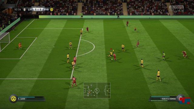 Tempodribblings und spektakuläre Tore: FIFA 18 spielt sich flotter und arcadiger.