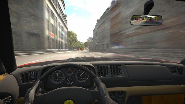 Project Gotham Racing 3 (2005) <br><br> Mit dem dritten Teil der erfolgreichen Rennserie leitete man die nächste Hardware-Generation mit ein - PGR 3 erschien als einer der Starttitel für die Xbox 360 und brachte die Metropolen und Boliden in High Definition auf den Bildschirm. Zudem gab es erstmals voll modellierte Cockpits (und eine entsprechende Perspektive) in der Serie zu bewundern. Doch dem höheren Entwicklungsaufwand fiel der Umfang zum Opfer: Statt vormals zehn Locations gab es hier nur noch die Hälfte, aber mit dem traumhaften Las Vegas zumindest einen Neuzugang. Daneben wurde auch die Fahrzeugauswahl gestutzt. Als Entschädigung gab es das fantastische GothamTV, mit dessen Hilfe man Rennen anderer Spieler live verfolgen oder selbst zum Star werden konnte. 2199392
