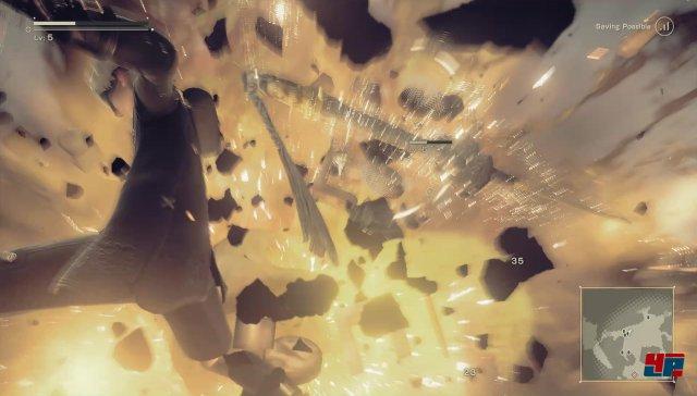 Platinum Games spielt seine Expertise bei der Inszenierung schneller explosiver Action erneut aus.