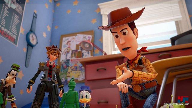 Willkommen in Kingdom Hearts: Zum ersten Mal sind Pixar-Filme samt Figuren wie Woody, Buzz und Rex mit dabei.