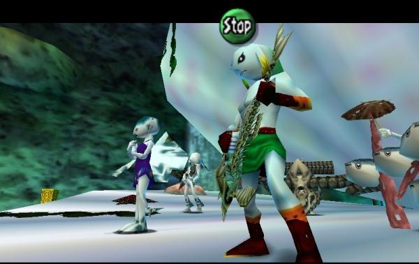 The Legend of Zelda: Majora's Mask<br><br>Zwei Jahre nach Ocarina of Time erschien Majora's Mask für N64: Ein eher ernstes, düsteres Zelda, das nicht nur erstmals außerhalb von Hyrule spielte, sondern auch stark auf die Verwendung von 24 Masken setzte, mit denen Link in neue Rollen schlüpfen und erstmals auch seine Form ändern konnte - dank der Masken durfte er auch anderen Spezies angehören. Damit sollte er sich beeilen, denn als einziges Zelda-Game bietet Majora's Mask ein Zeitlimit: Das Spiel dreht sich um drei immer wiederholte Tage, die in beschleunigter Echtzeit abliefen - innerhalb von Dungeons musste man sich beeilen, um den Zyklus nicht zu verpassen; zu langsame Spieler wurden in der Zeit zurückversetzt und mussten von vorn anfangen! MM war außerdem das einzige Zelda, das Nintendos »Memory Expansion Pack« benötigte: Dadurch konnten mehr Figuren gleichzeitig dargestellt werden, außerdem erfuhr die Grafik im Allgemeinen eine Auffrischung und Detailvermehrung. 1722621