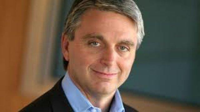 John Riccitiello wird zum Ende des laufenden Geschäftsjahres am 30. März abtreten. Sein Vorgänger, der aktuelle Chef des Aufsichtsrats Larry Probst, wird den Posten zunächst übernehmen.