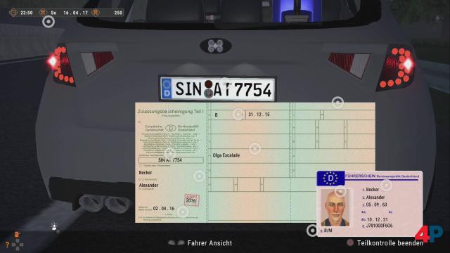 Muss auch jemand machen: Wenn man ein Fahrzeug kontrolliert, wollen die Daten im Fahrzeugschein mit der Realität abgeglichen werden.