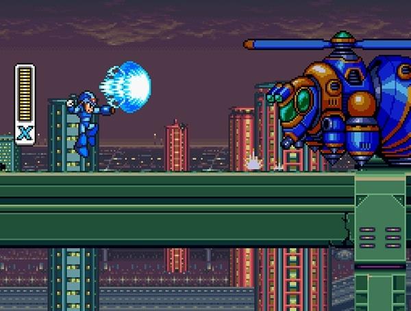Der blaue Bomber sorgte sechs Jahre bzw. ebenso viele Spiele lang für Spaß und Frust, im Jahre 1993 musst er erstmals Platz für einen Nachfolger machen: Mega Man X war der erste Vertreter der Serie auf dem SNES, die bis heute auf unterschiedlichen Plattformen weitergeführt wird. Für diese Reihe verabschiedete sich Capcom von der üblichen »Mega Man gegen Dr. Wily«-Formel, verlagerte das Ganze in die Zukunft und führte einen Batzen neuer Figuren ein, die bis heute aktiv sind: X, Dr. Light, Dr. Cain, Reploide, Mavericks, Zero (der schließlich seine eigene Serie bekam) oder Sigma sind nur einige der Namen, die sich in den mittlerweile 13 X-Spielen finden. Der Spielverlauf ist grundsätzlich gleich geblieben, aber mit der Einführung des »Dashes« und der Wandkletter-Fähigkeiten ermöglichten die Designer völlig neue Herausforderungen. Mal ganz abgesehen davon, dass Zero nicht nur einen wallenden Pferdeschwanz, sondern auch ein Laserschwert besaß! Übrigens: Das Original X-Game wurde letztes Jahr als runderneuertes Remake auf der PSP veröffentlicht - was uns ganz nebenbei glatte 80% wert war! 1734153