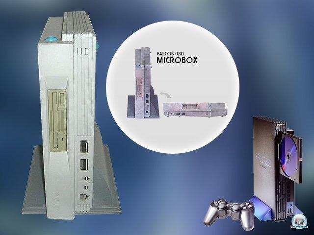 <b>Atari Falcon Microbox</b><br><br> Kommt euch dieses Gehäuse bekannt vor? Bereits 1993 entwarf Atari das Gehäuse für die Microbox. Darin steckte der Home-Computer Falcon 030, welcher sich unter dem Monitor oder platzsparend hochkant aufstellen ließ. Da der Prototyp aber nie in Serie ging, wurden die bereits fertigen Spitzgussformen später an Sony verkauft, welche damit das nur leicht umgestaltete PS2-Gehäuse fertigten. 2379542