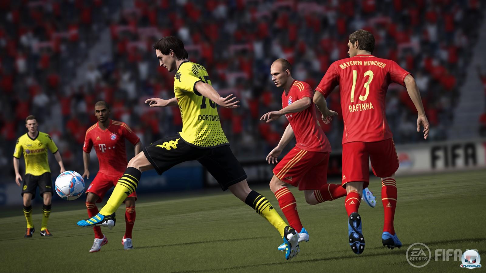 Tolle Atmosphäre, starkes Lizenzpaket: FIFA 12 lässt die Bundesliga lebendig werden.