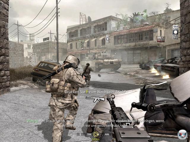 Huch, wer hat auf CNN gezappt? Oh... nein - es ist Call of Duty 4! Die Inszenierung ist schlicht spektakulär.