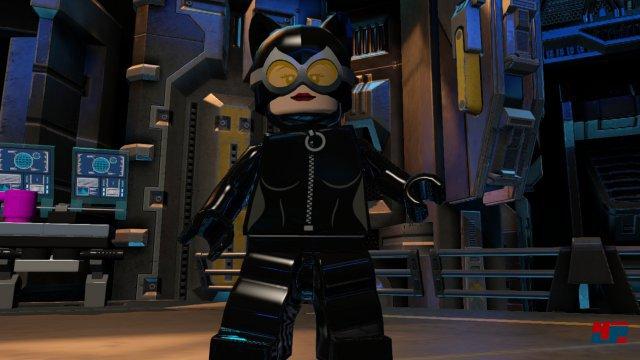 Auch eine neue Version von Catwoman ist unter den 150 Charakteren aus dem DC-Universum.