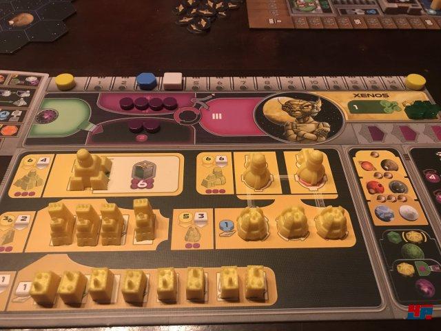Gaia Project ist komplett auf Deutsch bei Feuerland Spiele erschienen. Es ist für einen bis vier Spieler ausgelegt und kostet knapp 70 Euro.